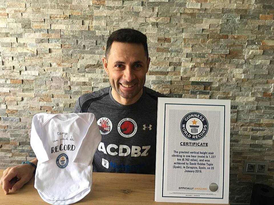 david-robles-certificado-record-guinness